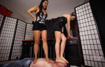 Stomping the bitch - Bratty Foot Girls - Natasha Ty, Kerri Taylor