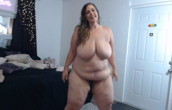 BBW Nude Fashion Strut - Kates Kurves