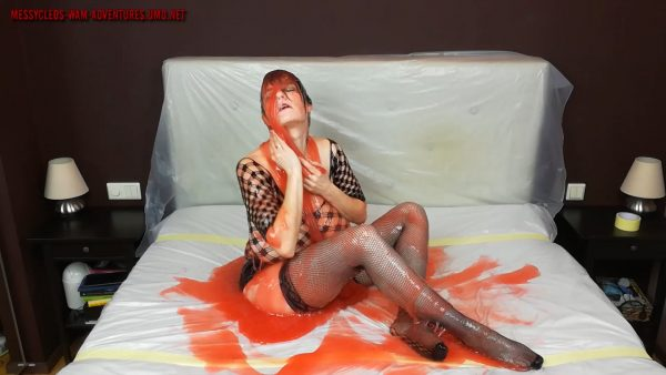 Sexy Slime – Messy Cleo
