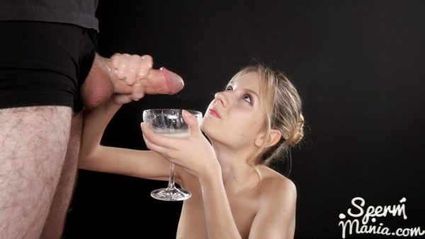 Rebecca Volpetti Uses A Group of Guys' Cum For One Messy Handjob – Sperm Mania
