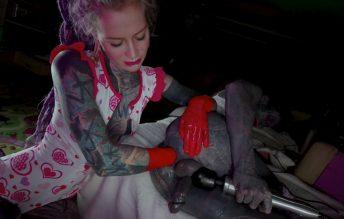 Tattoo Couple Latex Gloves Anal Fisting 1080p - Anuskatzz