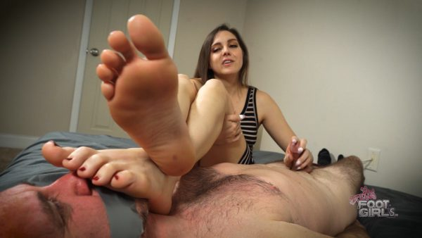 reprogrammed for my Stinky size 10 soles – Bratty Foot Girls – Sadie Holmes