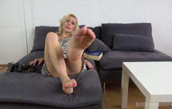 Wanna jerk off to my feet? 1080p - Brittany Bardot