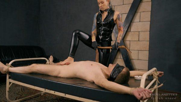Perverse punishment FHD – Cruel Anettes Fetish Store – Mistress Anette