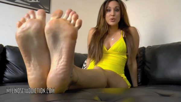 LINDSEY'S FOOT MINION – Lindsey Leigh