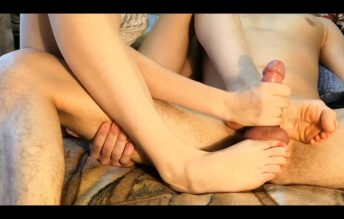 Very Hot Footjob Homemade Epick 1080p - Oksifootjob