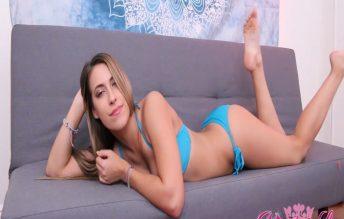 Big Mouth Yawning In My Blue Bikini 1080p - Princess Kimber Lee