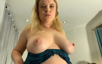 Mom Teaches About Sex 720p - Erin Electra