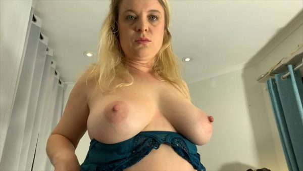 Mom Teaches About Sex 720p – Erin Electra