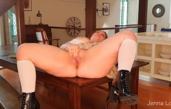 Jenna Love - Jennahasredhair - Schoolgirl fingering pussy & squirting 1280x720 HD