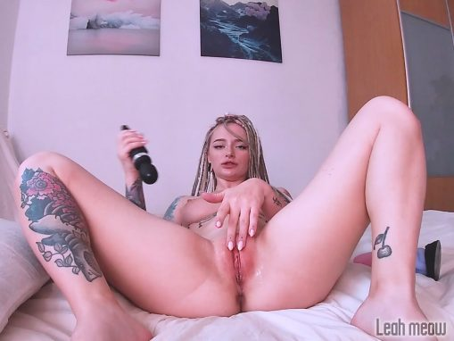 Solo Pussy Fucking Dad Dragon 1440p – Leah Meow