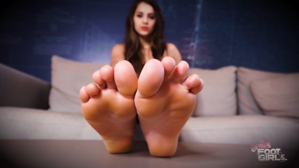Become A Slave For My Soles 1080p – Bratty Foot Girls – Sofie Reyez