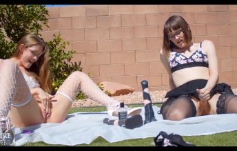 Public Monster Cock Stuffing ft. Lindsey - Claire Tenebrarum & Lindsey Love