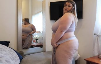 BBW Squeezes Into 4xl 1080p - Chloe BBW
