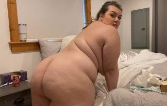 Chloe Nacho Stuffing 1080p - Chloe BBW