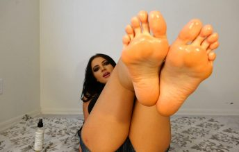 Lick Your Cum Off My Feet JOI 1080p - Countess Crystal Knight