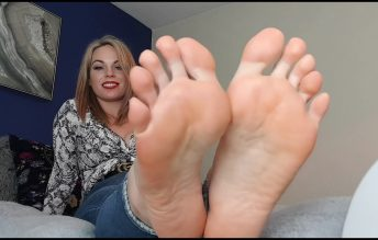 I Have Missed You, Worship My Feet - Queengf90
