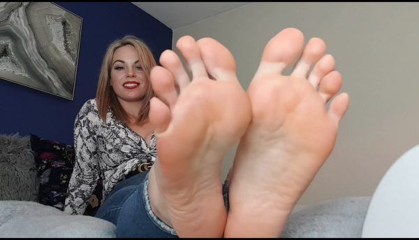 I Have Missed You, Worship My Feet – Queengf90