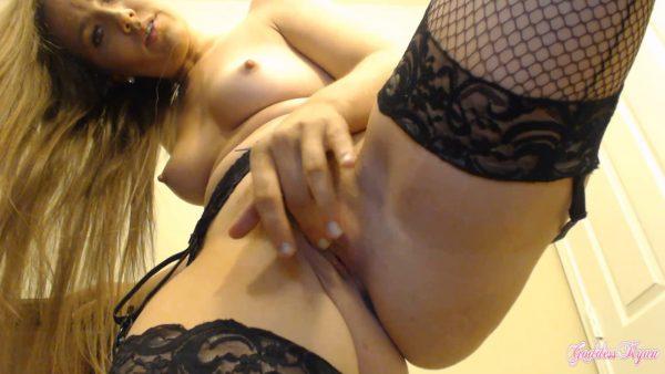 Strip Tease Bush Pussy Rubbing 1080p – Ryanxoxo