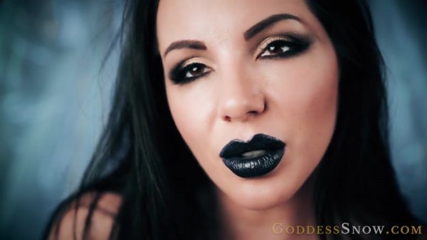 Goddess Alexandra Snow – Midnight Makeout