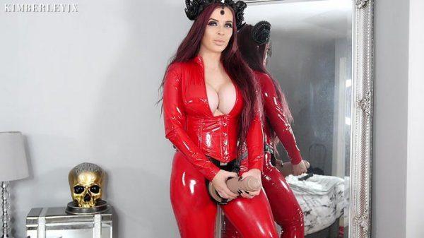 KimberleyJx – Devil wears a Strap-On: Futa Pegging