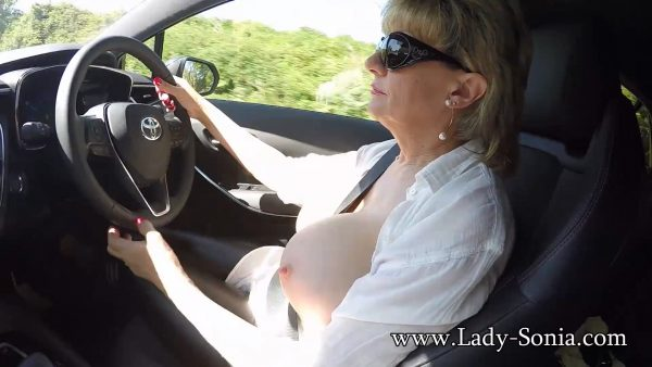 Out In The Car And Clips Outdoors 1080p – Lady Sonia