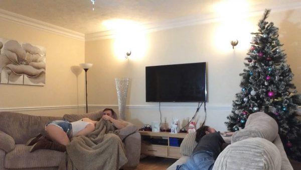 Brook Logan – Cheating On Gary Whilst He Naps 720p