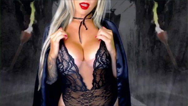 Domme Bombshell – A Date with a Succubus