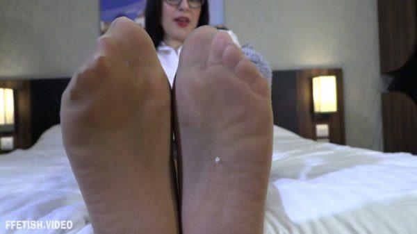 Amy Wynters – Teacher's Dirty Slippers JOI