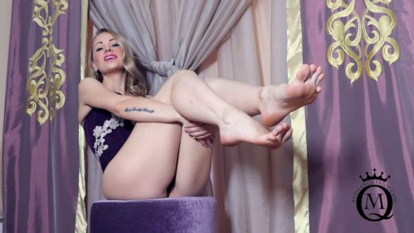 Russian Queen M – JOI and CEI for My Bare Feet