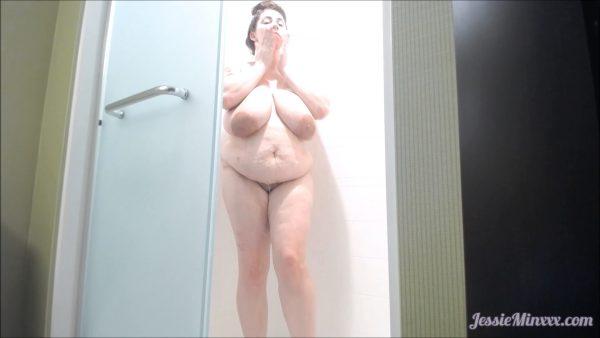 Jessie Minxxx – Bbw in Hotel Shower