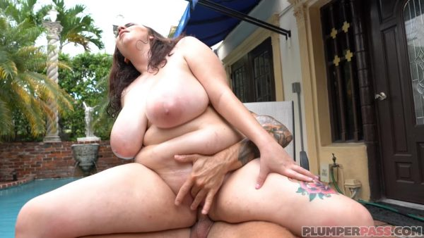 Milly Marks – Pool Pounding Milly