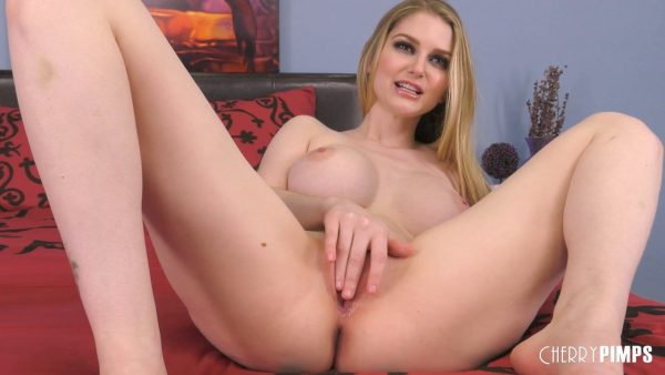 Bunny Colby – Gorgeous Bunny Colby Loves Masturbating