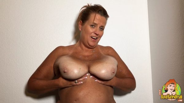 Dawn Marie – Tit Play with my all NATURAL 38 DDD