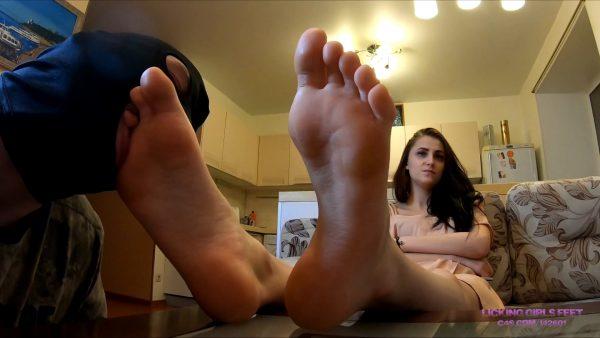 Licking Girls Feet – Tatyana – Feet On The Table Near The Slaves Face