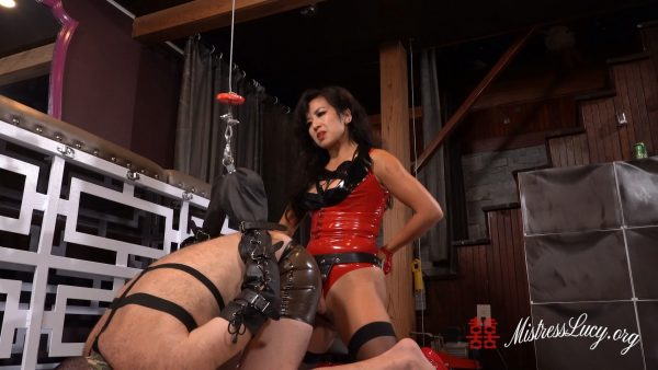Mistress Lucy Khan – Pow Gets Impaled By Mistress Lucys Cock