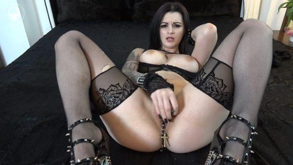 Alissa Noir – Blasphemic Slut Custom Vid