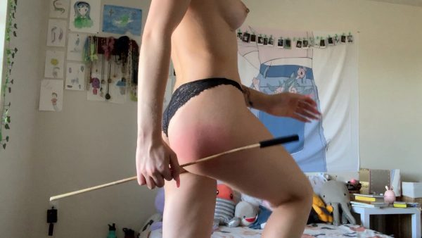 FionaSprouts – Slutty Sub Spanks Her Own Ass