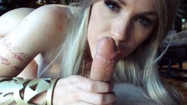 Lara Loxley – Wake Up Link Princess Zelda BJ