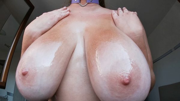 Mila Volker – Perfect Nipples Stimulation With Oil