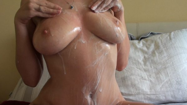 Sophiesticated – Rub Ice And Lotion On My Body
