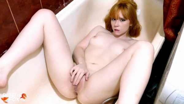 Sweetie Fox – Redhead Teen Play Pussy Water Jet in the Bathroom – Sensual Solo 720p