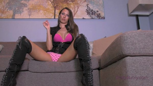 Bratty Bunny – Dont Buy This Clip