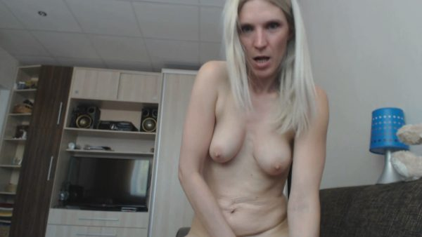 Lil Charlotte – I Will Make You Sweat – Role Play