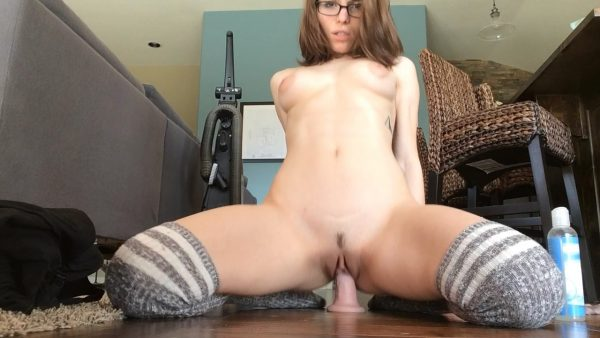 Le Lea – Worship My Ass While I Cum