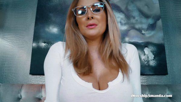 Goddess Amanda – Amandas Huge Boobs are the Best