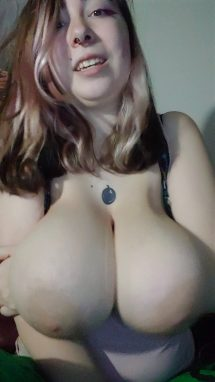 PoisonousXGoddess – Tit Play Talking about my BBCconverstion
