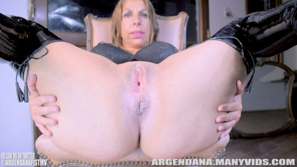 Argen Dana – PUSHING PROLAPSE OUT EVEN MORE 1