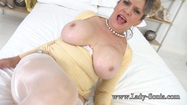 Lady Sonia – The Pervert Teacher Visits