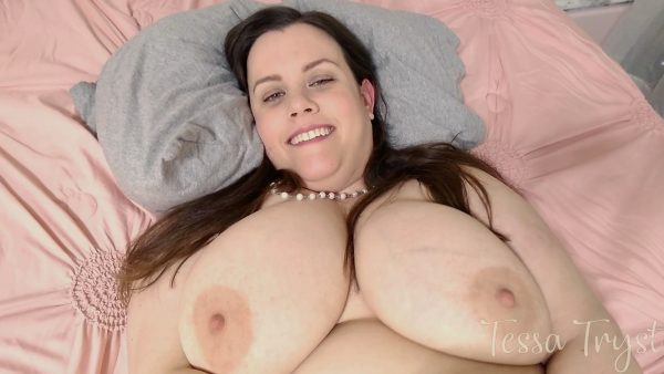Tessa Tryst – Fat Mommy Shows You How She Likes It